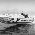 © Cigarette Boats