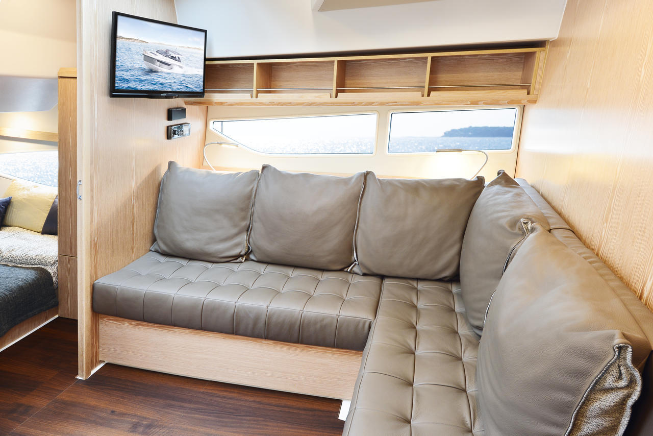 Seali S330v interior